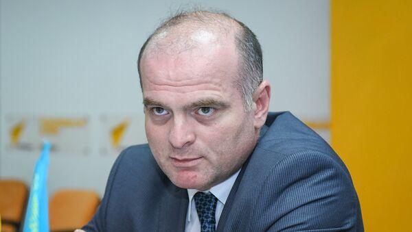 Доктор экономических наук, профессор Азербайджанского государственного экономического университета (UNEC) Эльшад Мамедов - Sputnik Азербайджан
