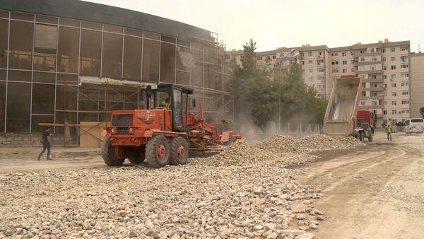 Ремонтные работы на улице Мохаммеда Хиябани и в переулке А - Sputnik Азербайджан