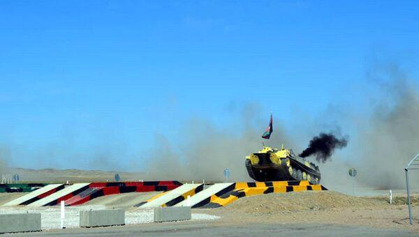 Конкурс Мастера артиллерийского огня-2018 на военной базе Отар в Казахстане - Sputnik Азербайджан