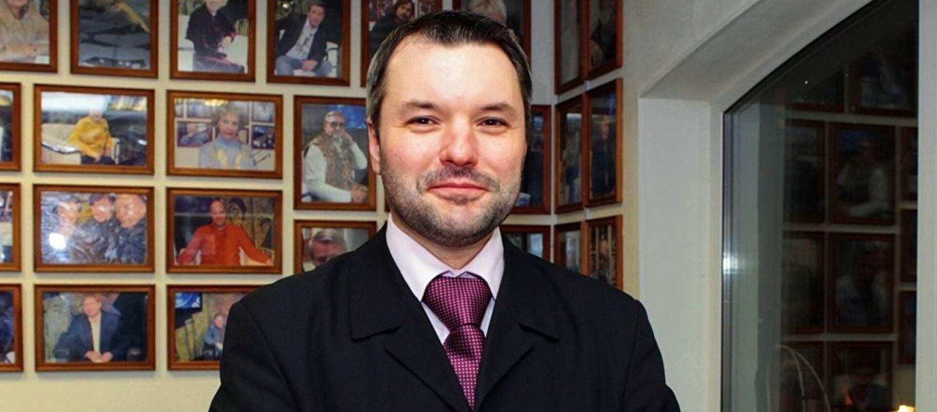 Эксперт Дмитрий Солонников - Sputnik Азербайджан, 1920, 02.04.2021
