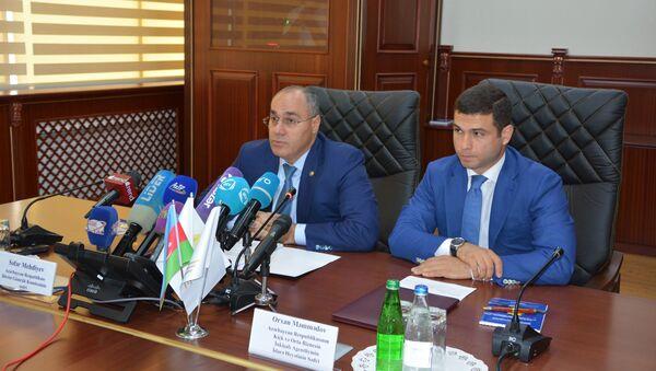 Пресс-конференция председателя ГТК Сафара Мехтиева - Sputnik Азербайджан