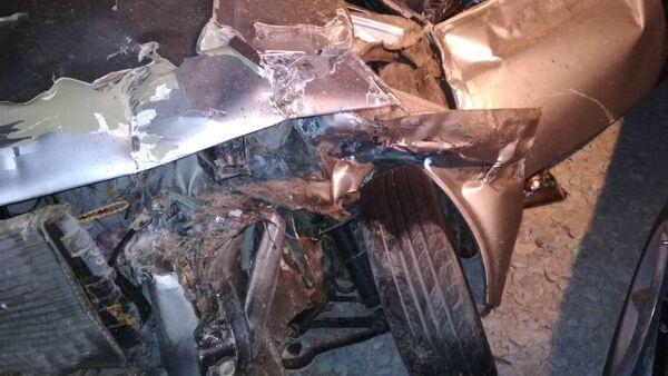 Автомобиль, пострадавший в ДТП, фото из архива - Sputnik Азербайджан
