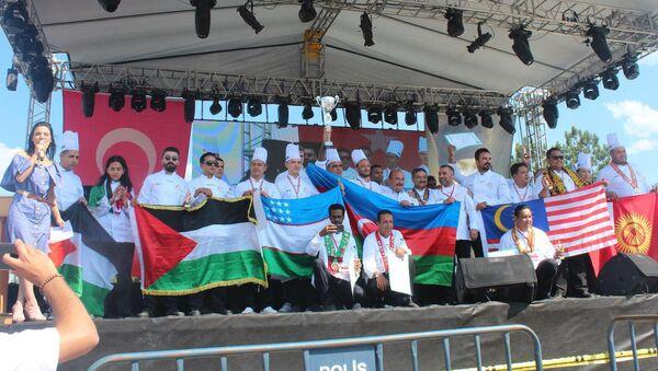 Азербайджанские повара приняли участие на международном фестивале кулинаров в Турции и России - Sputnik Азербайджан