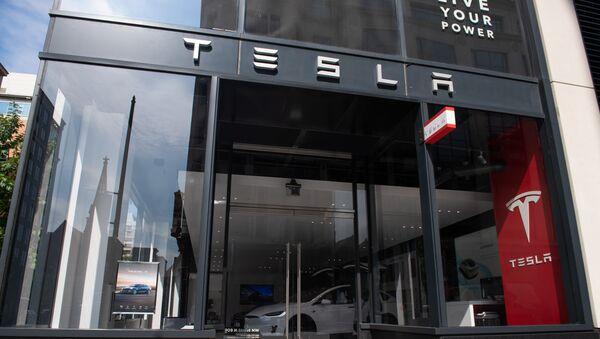 Tesla şourumu - Sputnik Azərbaycan
