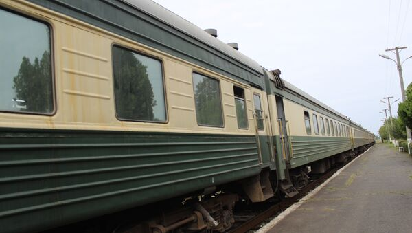Поезд Азербайджанских железных дорог, архивное фото - Sputnik Азербайджан