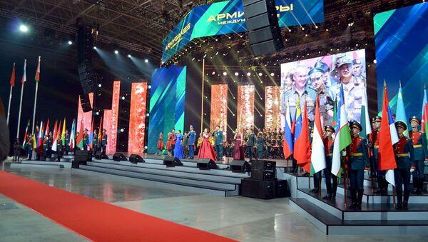 Торжественная церемония закрытия Армейских международных игр-2018 - Sputnik Азербайджан