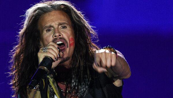 Солист американской группы Aerosmith Стивен Тайлер, архивное фото - Sputnik Азербайджан