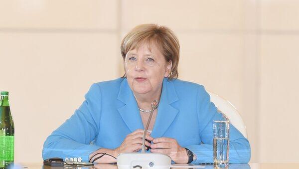 Almaniya Federativ Respublikasının Federal Kansleri xanım Angela Merkel - Sputnik Azərbaycan