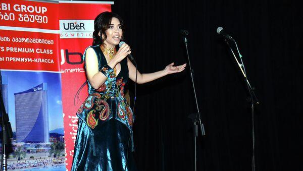 В Батуми состоялся второй тур международного музыкального конкурса Найти звезду Шелкового пути - Sputnik Азербайджан