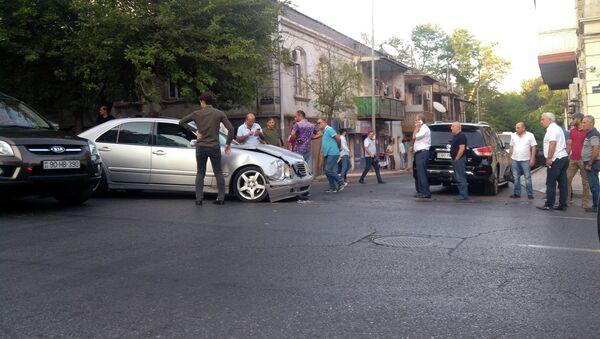Дорожно-транспортное происшествие в Баку, фото из архива - Sputnik Азербайджан