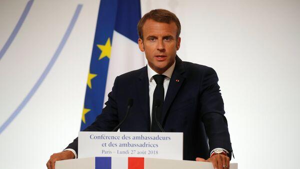 Президент Эммануэль Макрон выступает на конференции дипломатических посланников Франции, Париж, 27 августа 2018 года - Sputnik Азербайджан