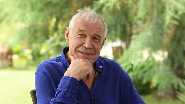 Российский актер, продюсер и сценарист Сергей Гармаш - Sputnik Азербайджан