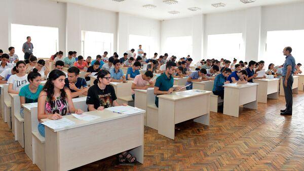 Вступительные экзамены, фото из архива - Sputnik Азербайджан