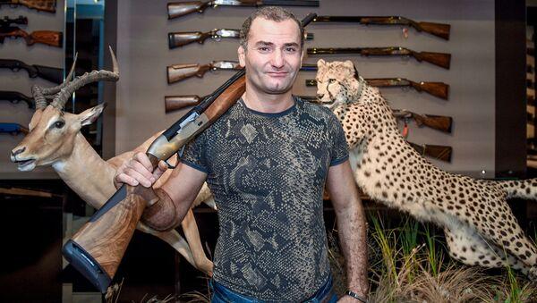Руководитель Клуба охотников Сафари-Азербайджан Фаиг Бабанлы - Sputnik Азербайджан