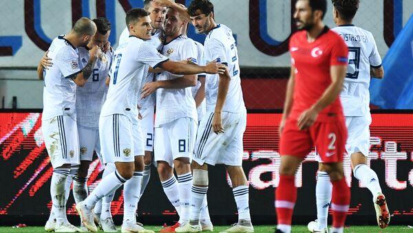 Футбол. Лига наций УЕФА. Матч Турция - Россия - Sputnik Azərbaycan