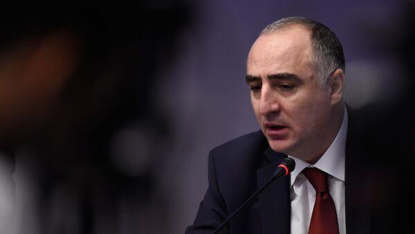 Прямая трансляция пресс-конференции главы СНБ Артура Ванцяна и Главы специальной следственной службы Сасуна Хачатряна - Sputnik Азербайджан