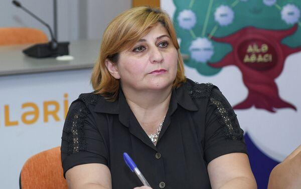 председатель Общественного объединения Во имя женского лидерства Улькер Абдуллаева - Sputnik Азербайджан