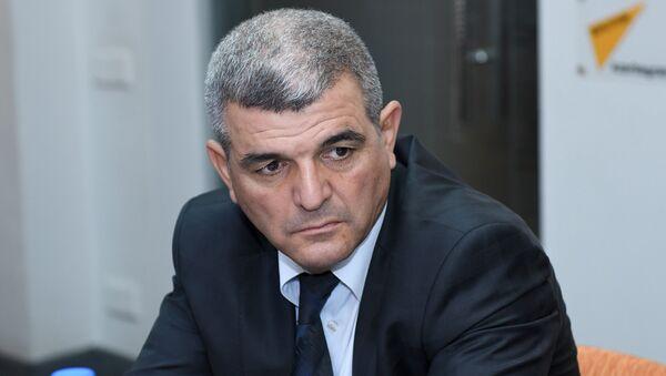 Fazil Mustafa - Sputnik Azərbaycan