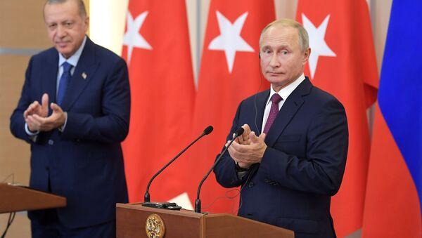 Rəcəb Tayyib Ərdoğan və Vladimir Putin - Sputnik Azərbaycan