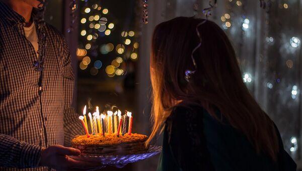 День рождения, фото из архива - Sputnik Азербайджан