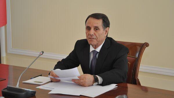 Премьер-министр Азербайджана Новруз Мамедов в ходе заседания Кабинета Министров. Баку, 24 сентября 2018 года - Sputnik Азербайджан