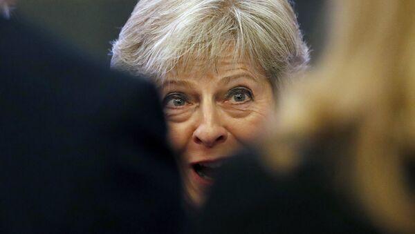Премьер-министр Великобритании Тереза Мэй в Лондоне в среду, 19 сентября 2018 года - Sputnik Азербайджан