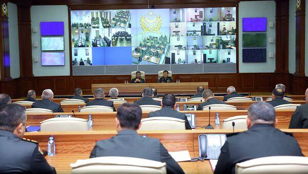 Расширенное служебное совещание с командным составом Азербайджанской Армии - Sputnik Азербайджан