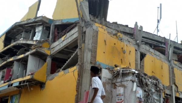 Последствия цунами в Индонезии - Sputnik Азербайджан