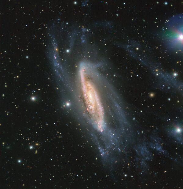 Спиральная галактика NGC 3981, сфотографированная телескопом VLT - Sputnik Азербайджан