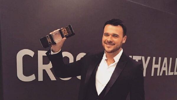 Народный артист Азербайджана Эмин Агаларов стал обладателем номинации премии MusicBox Лучший певец в России - Sputnik Азербайджан