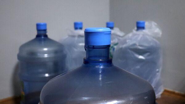 Plastik su bidonları - Sputnik Азербайджан