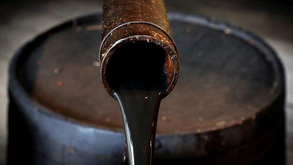 Нефть, фото из архива - Sputnik Азербайджан