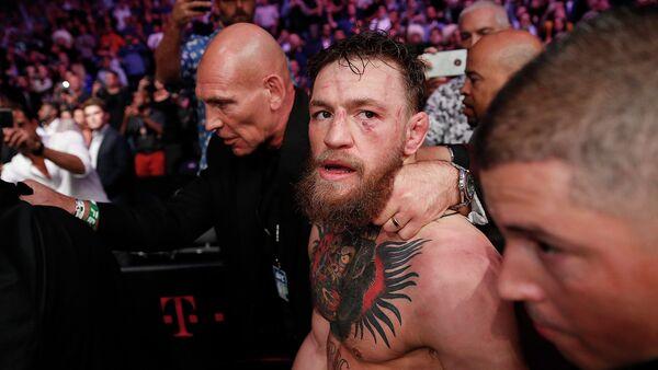Бой Хабиба Нурмагомедова против Конора Макгрегора за титул чемпиона UFC в легком весе - Sputnik Azərbaycan