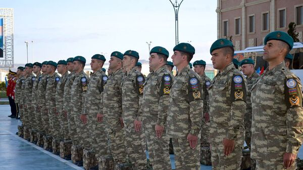 Группа миротворцев из Азербайджана, фото из архива - Sputnik Азербайджан