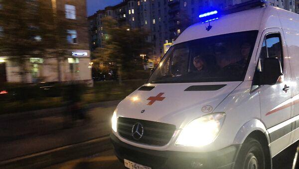Автомобиль скорой медицинской помощи. - Sputnik Azərbaycan