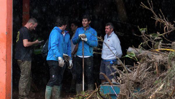 Рафаэль Надаль на своей малой родине участвовал в спасении жителей Майорки - Sputnik Азербайджан