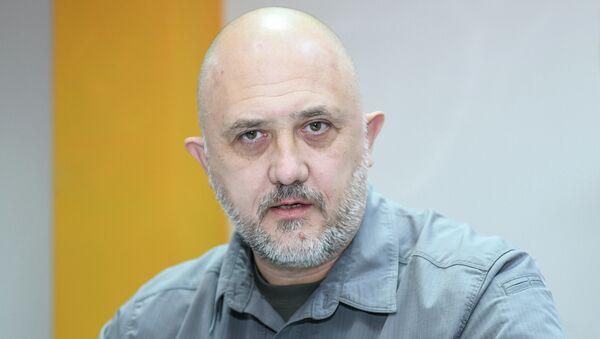 Rusiyalı politoloq Yevgeni Mixaylov - Sputnik Azərbaycan