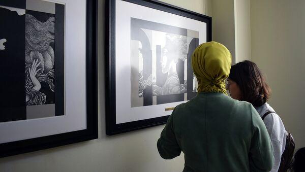 Выставка работа народного художника Азербайджана, профессора Арифа Гусейнова - Sputnik Азербайджан