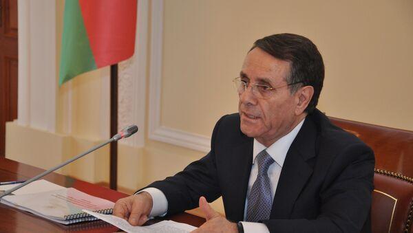 Премьер-министр Нoвруз Мамедов в ходе заседания Кабинета Министров Азербайджанской Республики. Баку, 19 октября 2018 года - Sputnik Азербайджан