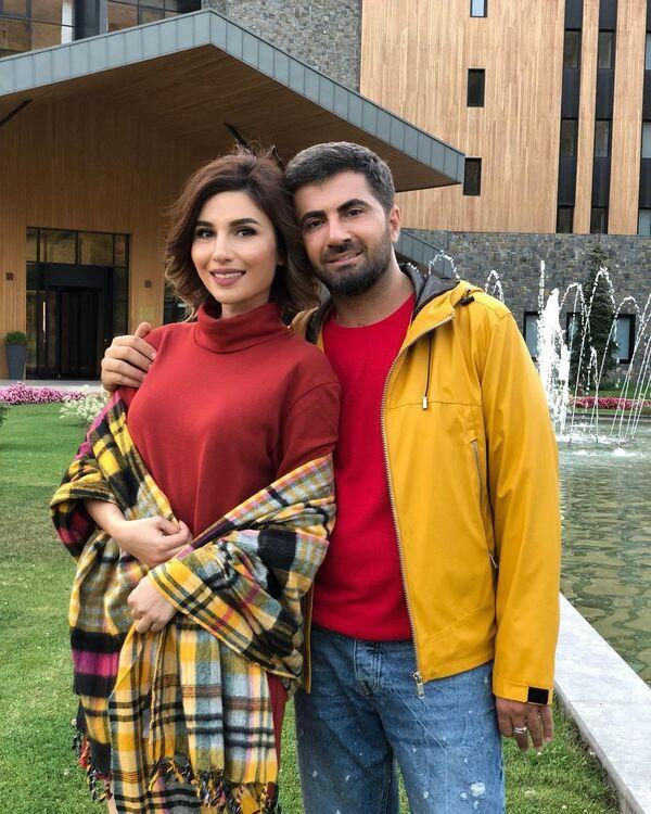 Азербайджанские телеведущие Заур и Гюнай Бахшалиевы - Sputnik Азербайджан