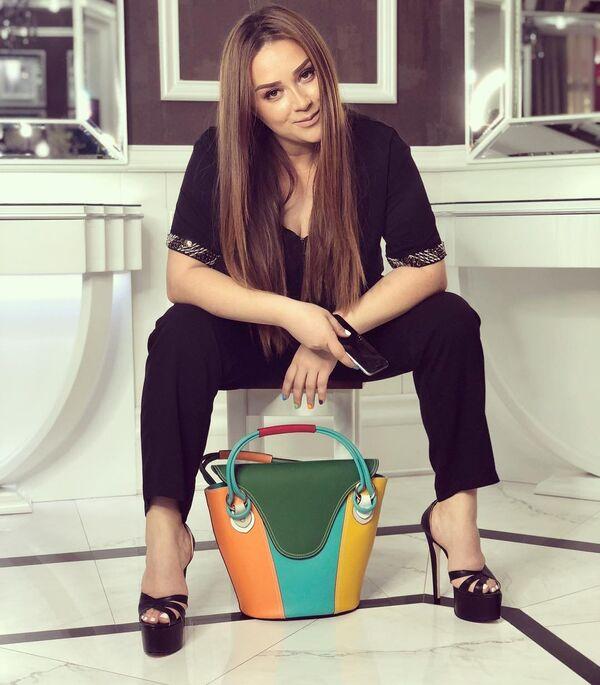 Популярная азербайджанская певица Хатира Ислам - Sputnik Азербайджан