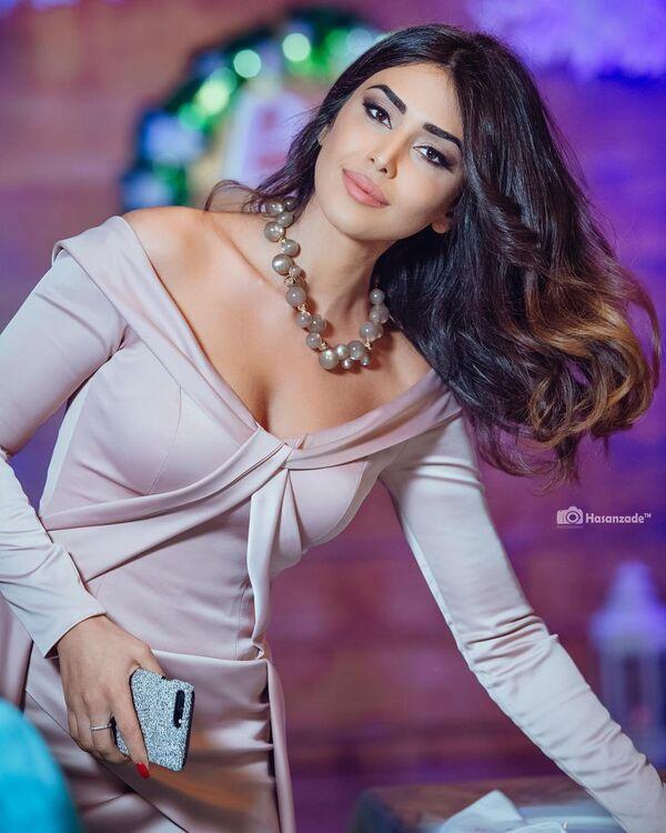 Азербайджанская актриса Пярвин Абиева - Sputnik Азербайджан