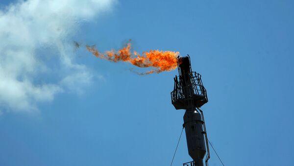 Газовый факел, фото из архива - Sputnik Азербайджан