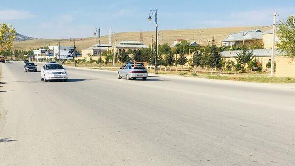 Участок трассы Баку-Шамаха-Евлах в Шамахинском районе - Sputnik Азербайджан