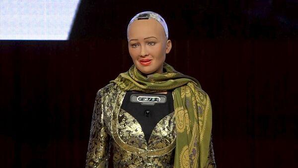 Робот София пообещала подучить азербайджанский язык - Sputnik Азербайджан