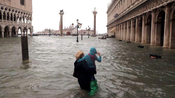 Наводнения в Италии  - Sputnik Азербайджан