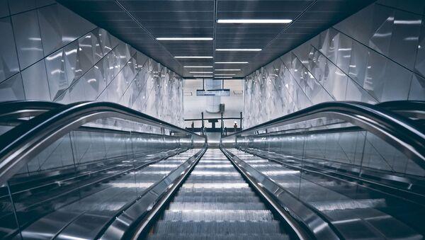 Eskalator. Arxiv şəkli - Sputnik Azərbaycan