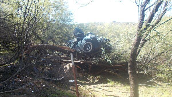 Автомобиль жительницы Аризоны после аварии - Sputnik Азербайджан