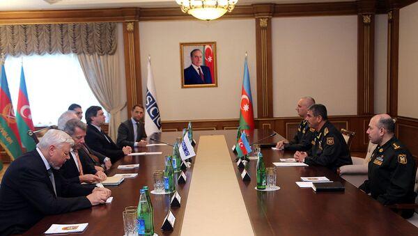 Министр обороны встретился с сопредседателями Минской группы ОБСЕ - Sputnik Азербайджан