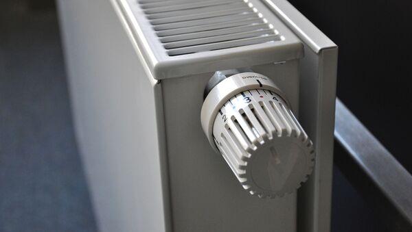 Радиатор отопления, фото из архива - Sputnik Азербайджан